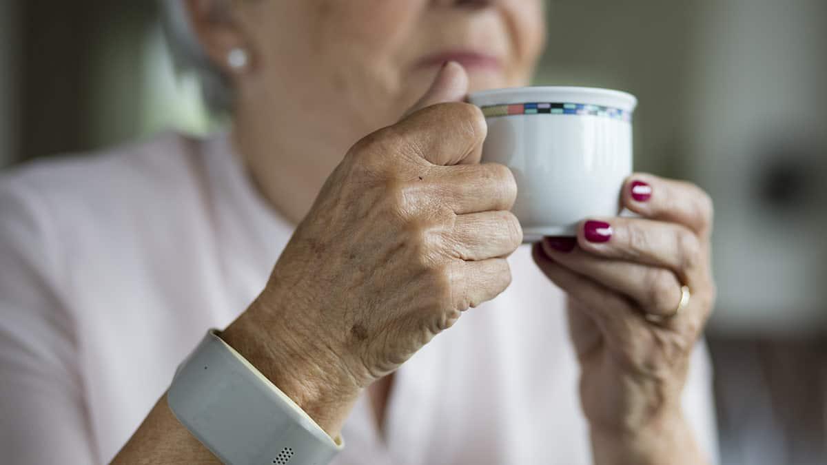 Bracelet GSM pour seniors