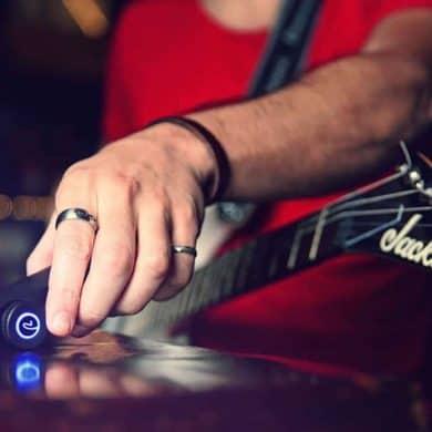 Roadie 2, l'accordeur automatique pour les guitaristes