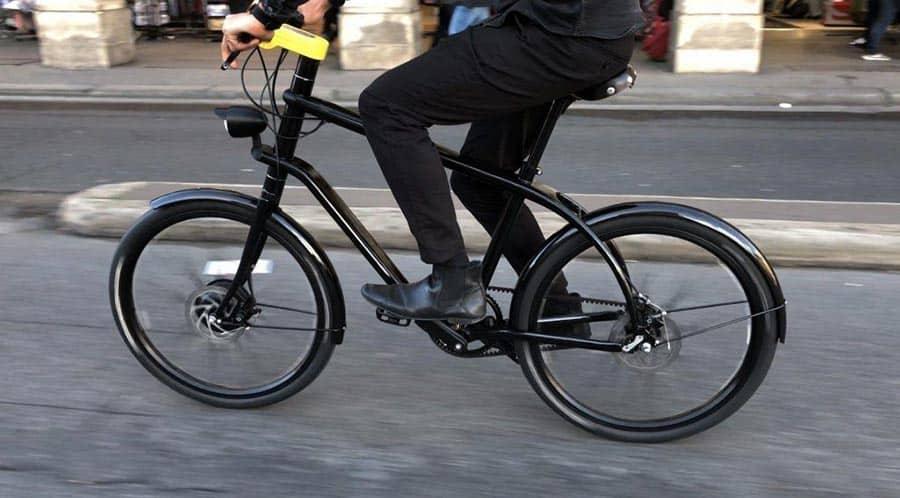 Le Vélo : la bicyclette électrique connectée