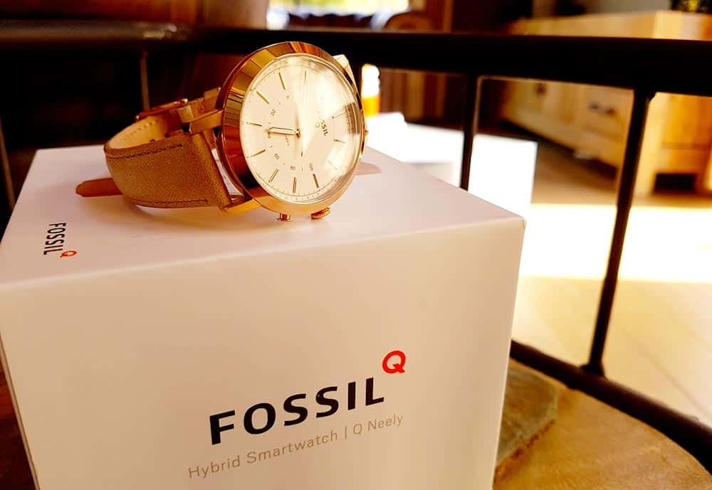 Unboxing montre hybride Fossil Q Neely