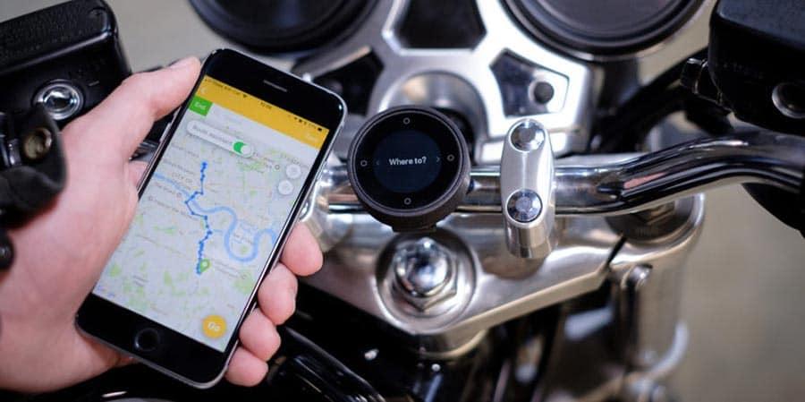 La navigation à moto simple et pratique avec Beeline Moto