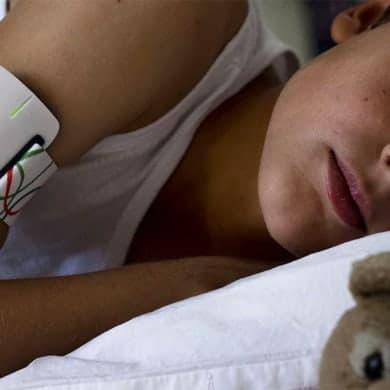 NightWatch, le brassard connecté qui détecte les crises d'épilepsie nocturnes