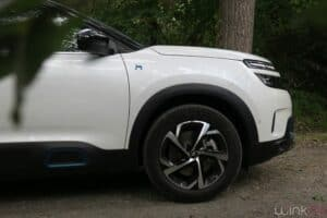 Citroën C5 Aicross Hybrid - zoom jantes 18'' Swirl diamantées