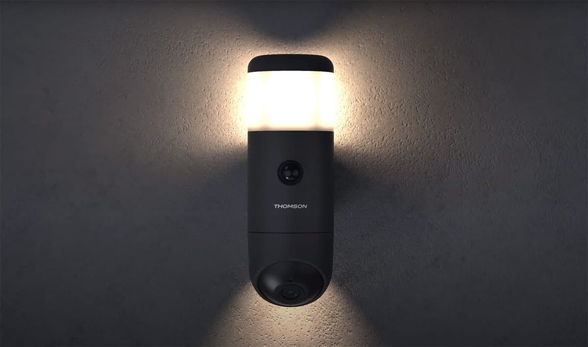 Thomson Rheita 100, une caméra extérieure rotative et connectée