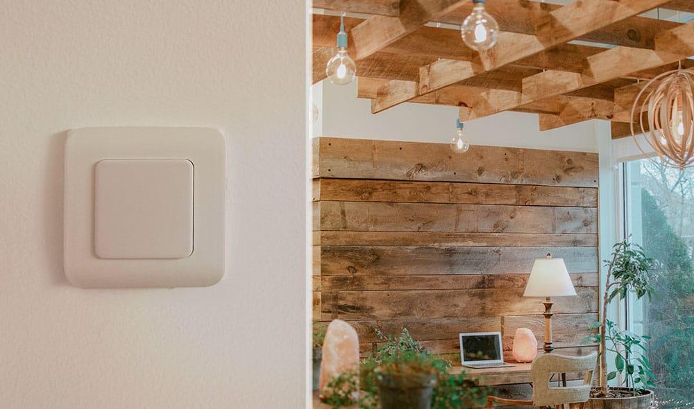 DiO® lance deux interrupteurs connectés pour contrôler votre éclairage et vos volets roulants